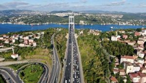 Kurban Bayramı tatilini şehir dışında geçirmek isteyen İstanbullular, trafik yoğunluğunu artırdı