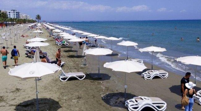 Kıbrıs Rum Kesimi adada korona olanın tedavi masraflarını karşılayacak
