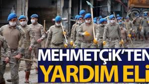 Selin vurduğu Dereli'deki temizlik çalışmasına Trabzon Komando Birliği'nden destek