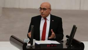 AK Partili İsmail Tamer koronavirüse yakalandı