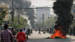 Myanmar'da kan durmuyor