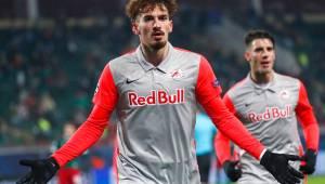 Fenerbahçe Berisha ve Meyer'i İstanbul'a getirdi